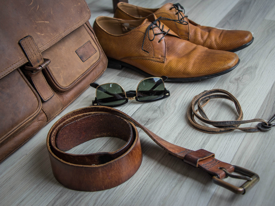 Small Modifications That Can Have A Big Impact In Your Leather Accessories List